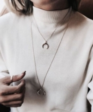 Micro trend: moon necklace!